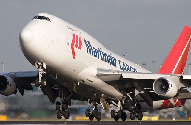 Boeing-747-400BCFb