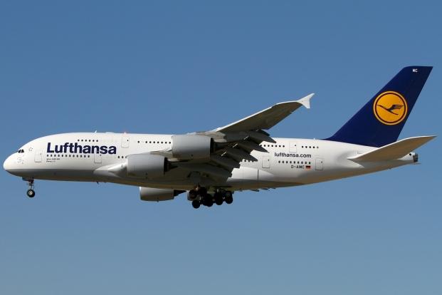 Airbus_A380-841,_Lufthansa_AN1891305